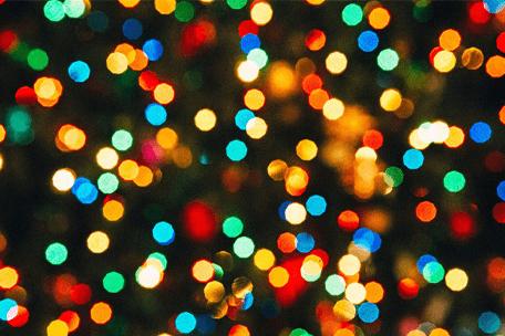 Lampki choinkowe i świetlne projektory